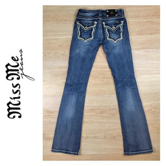 Miss Me Relaxed Boot Jeans NWT XP7633BV